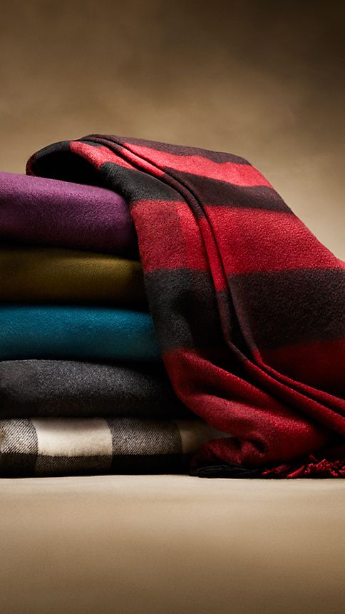 Charcoal check Check Cashmere Blanket Charcoal - Image 4
