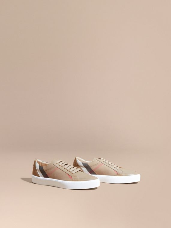 Check Detail Leather Sneakers House Check/ Nude