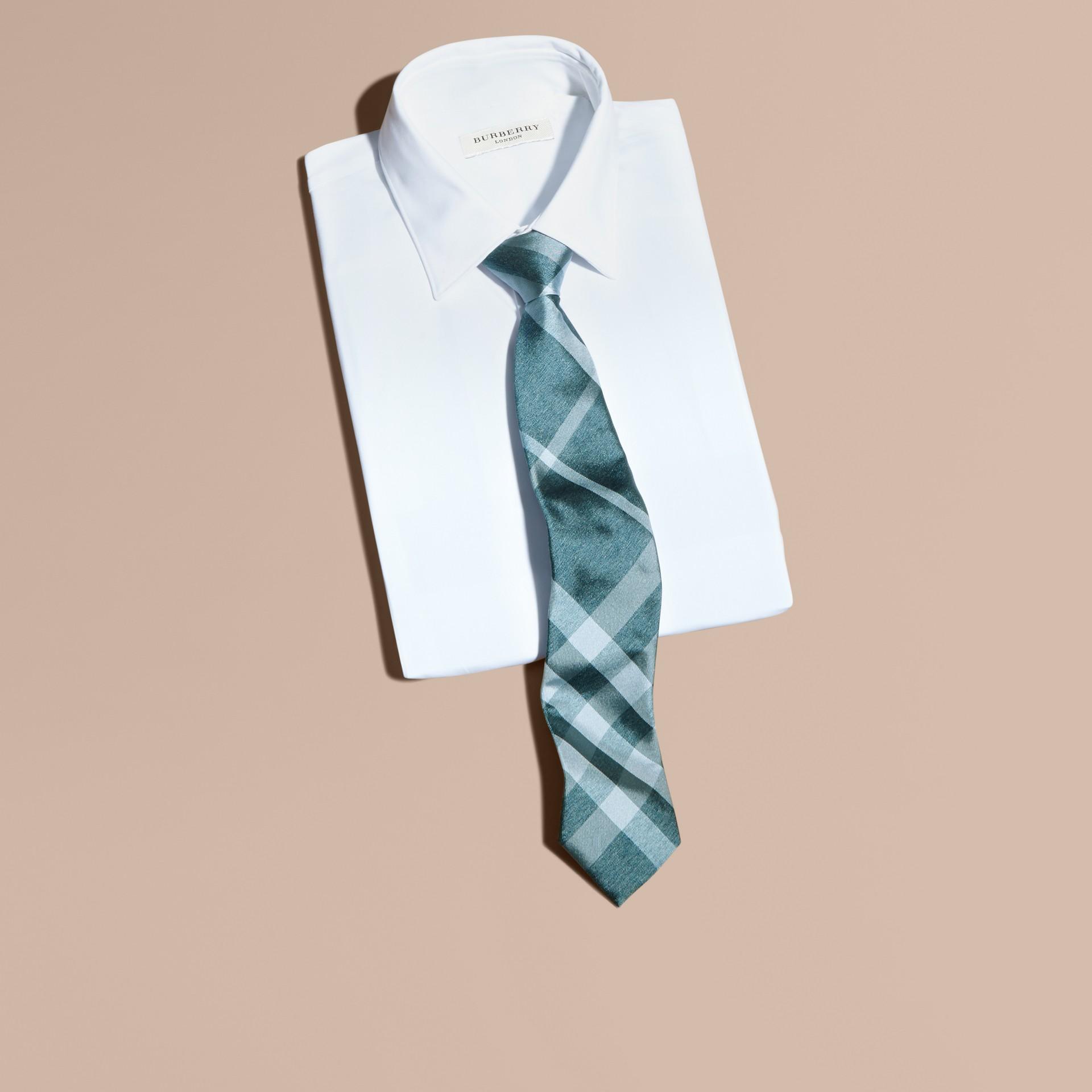 Verde acqua Cravatta dal taglio moderno in seta jacquard con motivo check Verde - immagine della galleria 3