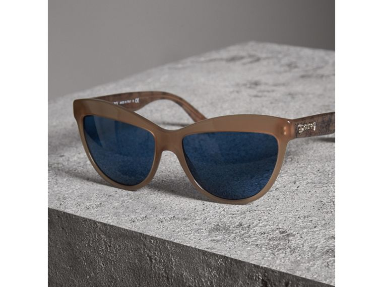 Doodle Cat-eye Frame Sunglasses in Trench - Women | Burberry - cell image 2