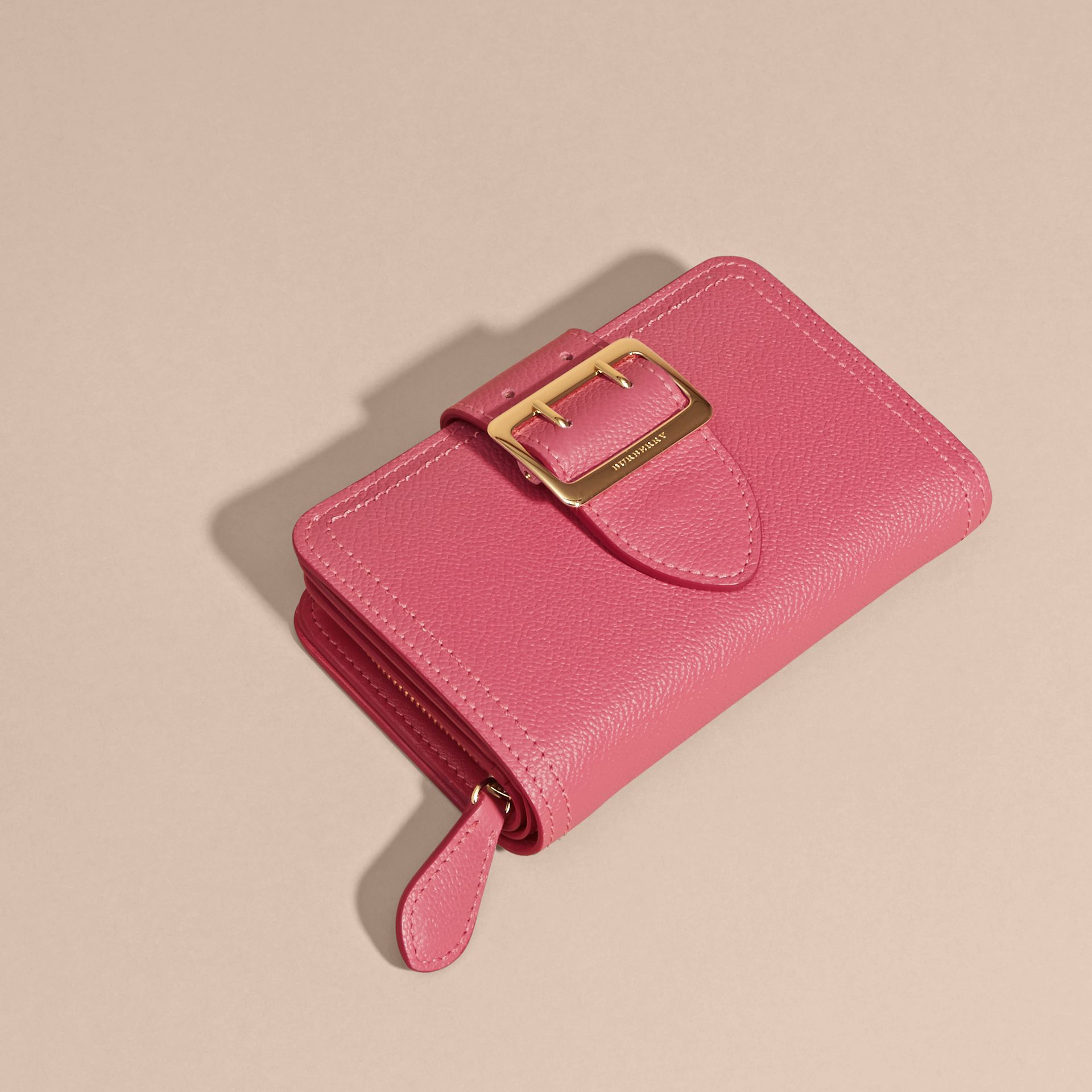 Pink azalea Buckle Detail Grainy Leather Wallet Pink Azalea - gallery image 3