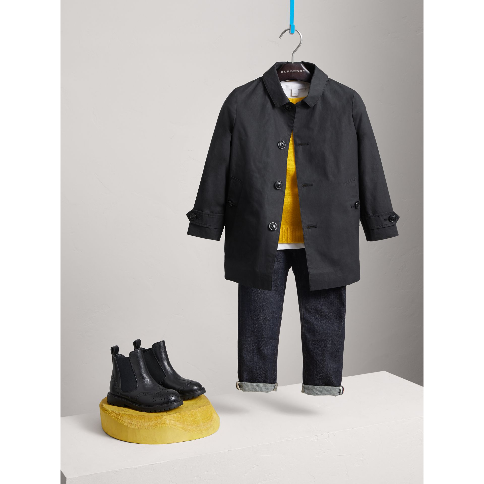 Mercerised Cotton Car Coat in Black | Burberry United States - gallery image 2