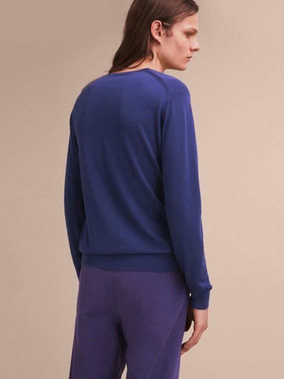Pallas Helmet Motif Merino Wool V-neck Sweater in Indigo Blue - Men | Burberry Singapore - cell image 2