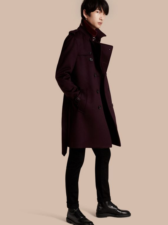 Trench coat in cashmere Prugna
