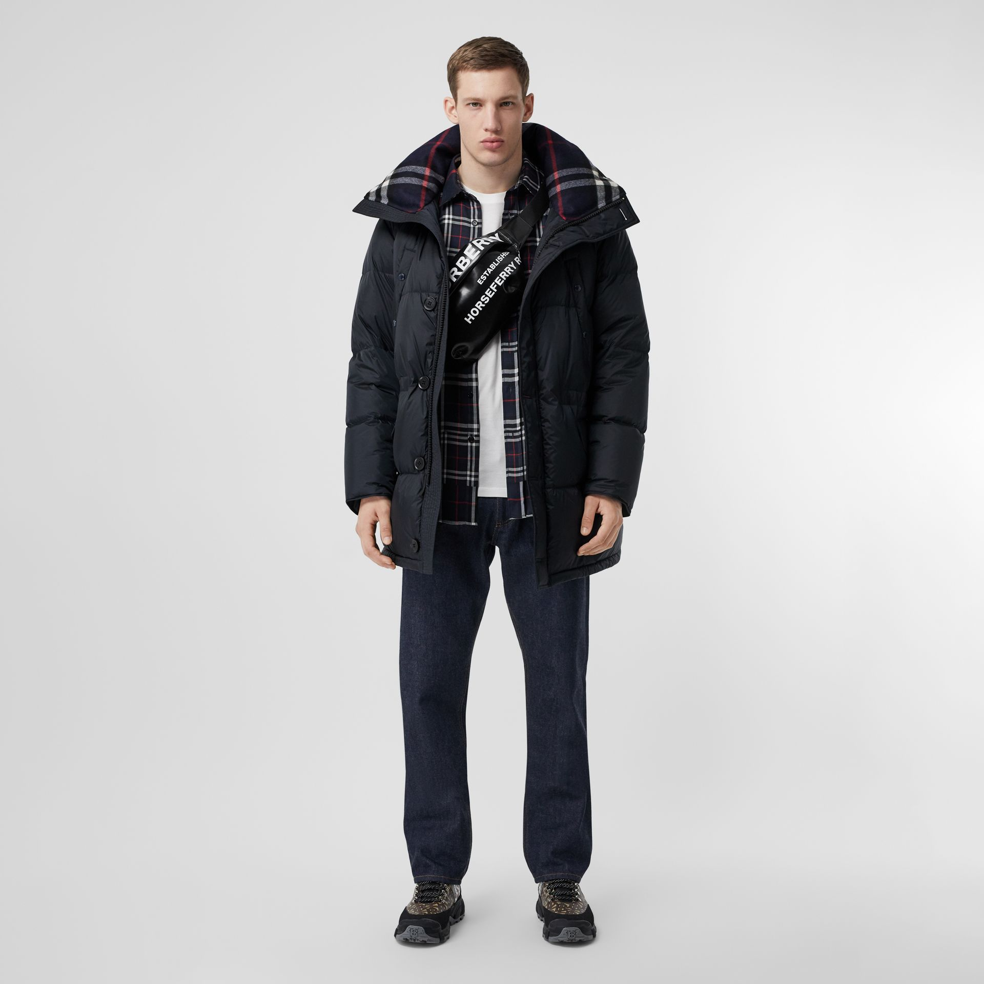 Logo Detail Hooded Puffer Coat in Navy - Men | Burberry Singapore - gallery image 0