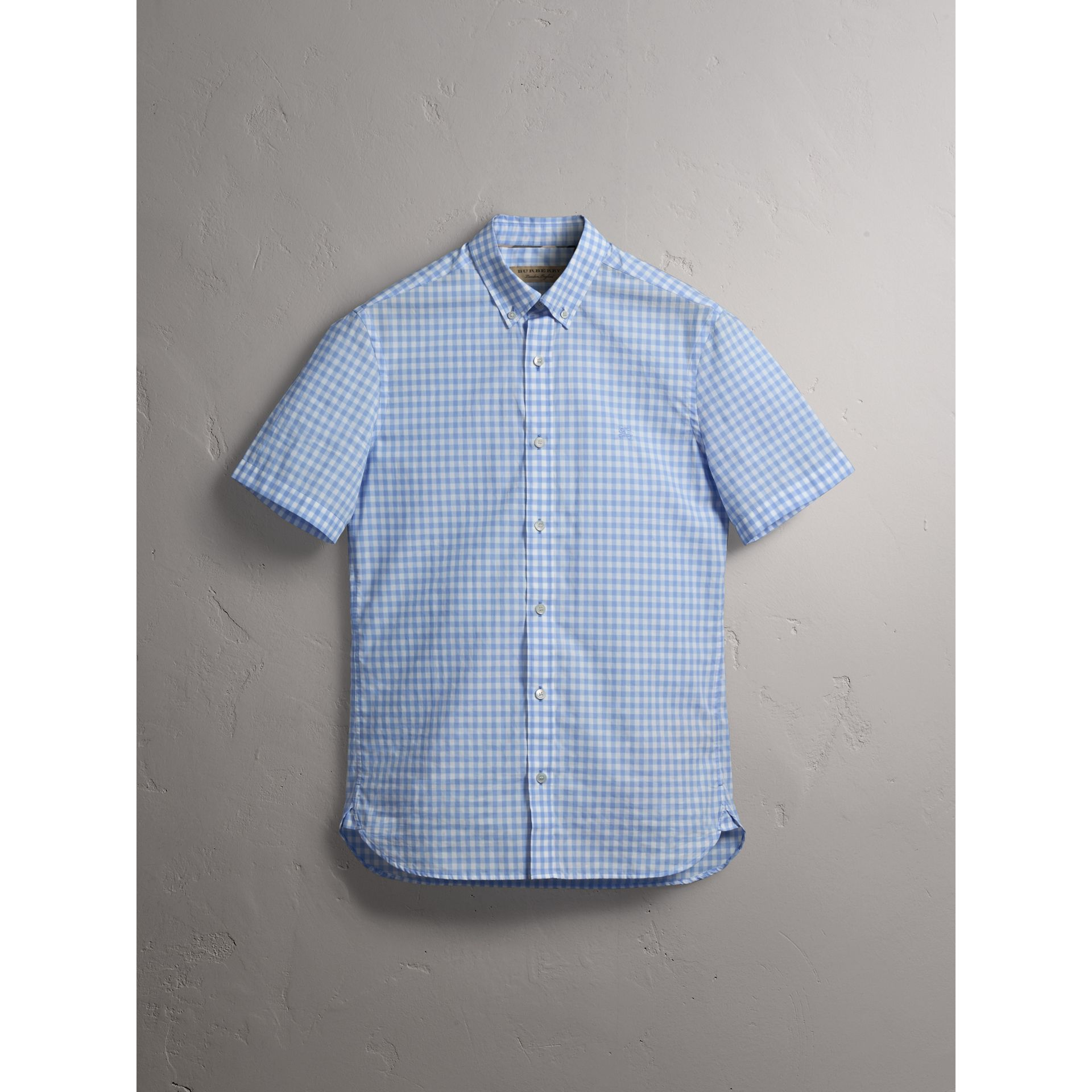 Short-sleeve Button-down Collar Cotton Gingham Shirt in Pale Blue - Men | Burberry Canada - gallery image 3