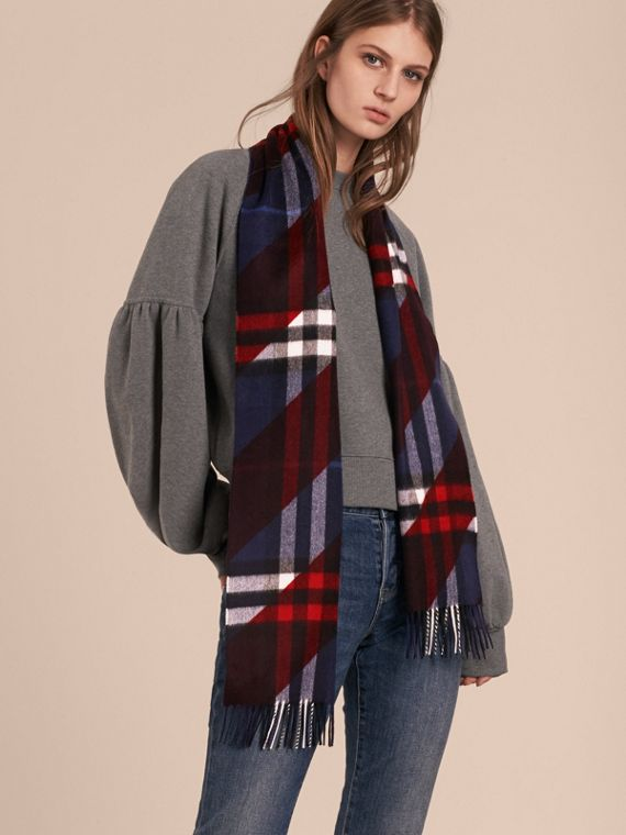 The Classic Cashmere Scarf in Check with Stripe Print - cell image 2