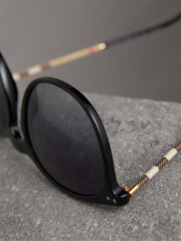Check Detail Round Frame Sunglasses in Black - Men | Burberry United Kingdom - cell image 1