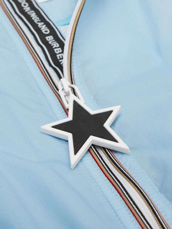 Star Detail Logo Print Lightweight Hooded Jacket in Light Blue - Children | Burberry United Kingdom - cell image 1