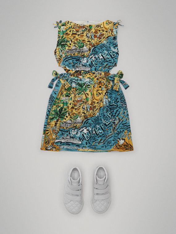 Seaside Print Seersucker Cut-out Dress in Sand