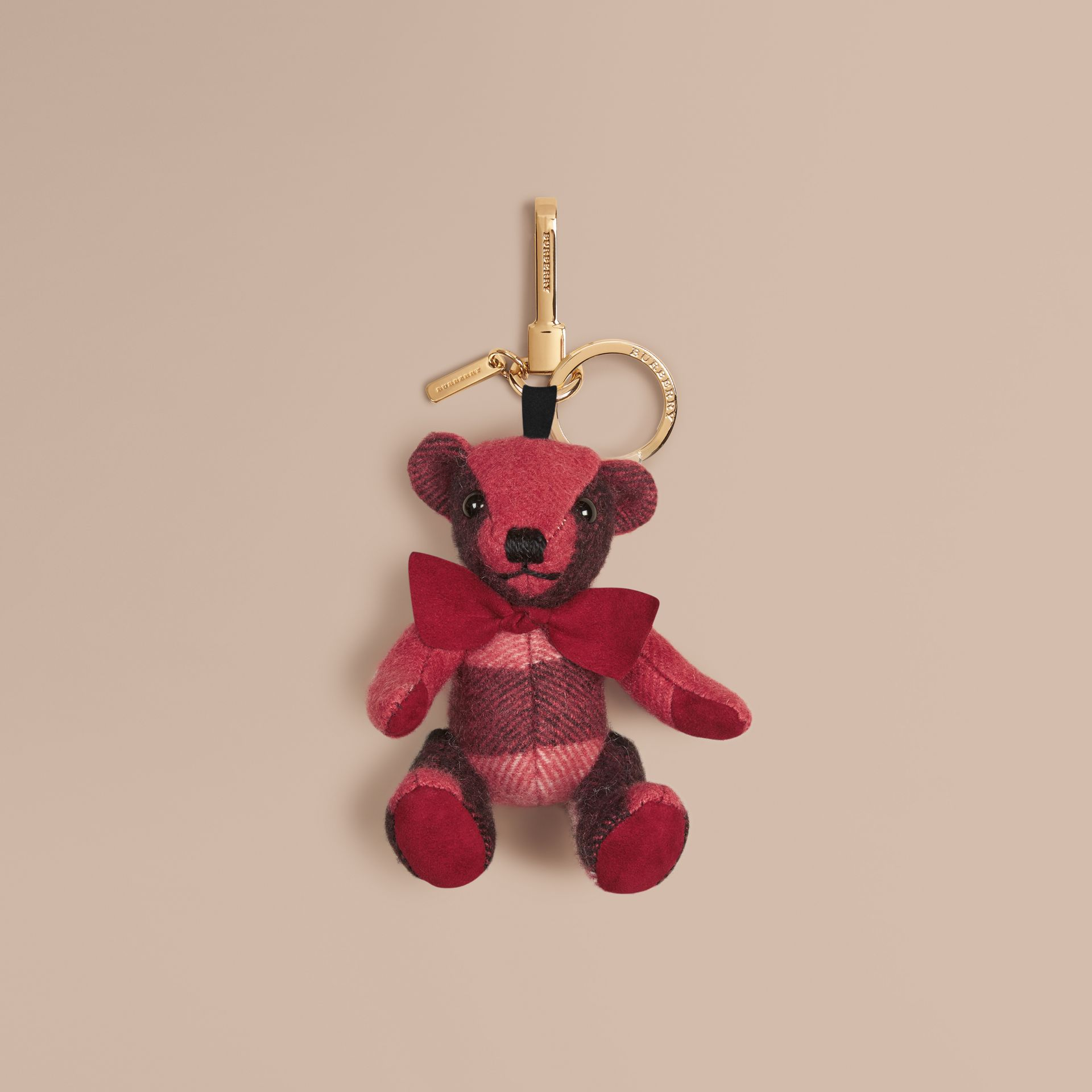 Rose blush Bijou porte-clés Thomas Bear en cachemire à motif check Rose Blush - photo de la galerie 1