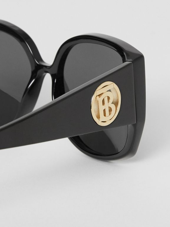 Monogram Detail Round Frame Sunglasses in Black - Women | Burberry - cell image 1