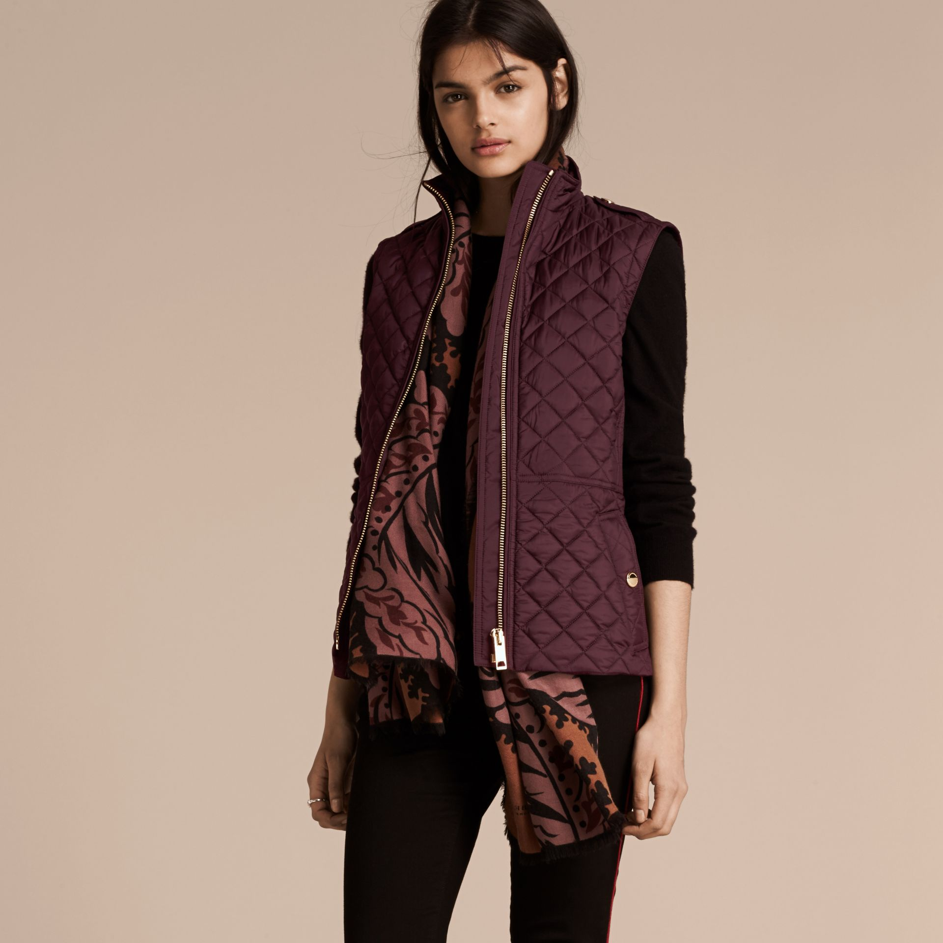 Dark elderberry Diamond Quilted Gilet Dark Elderberry - gallery image 1