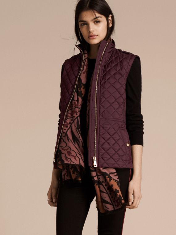 Diamond Quilted Gilet Dark Elderberry