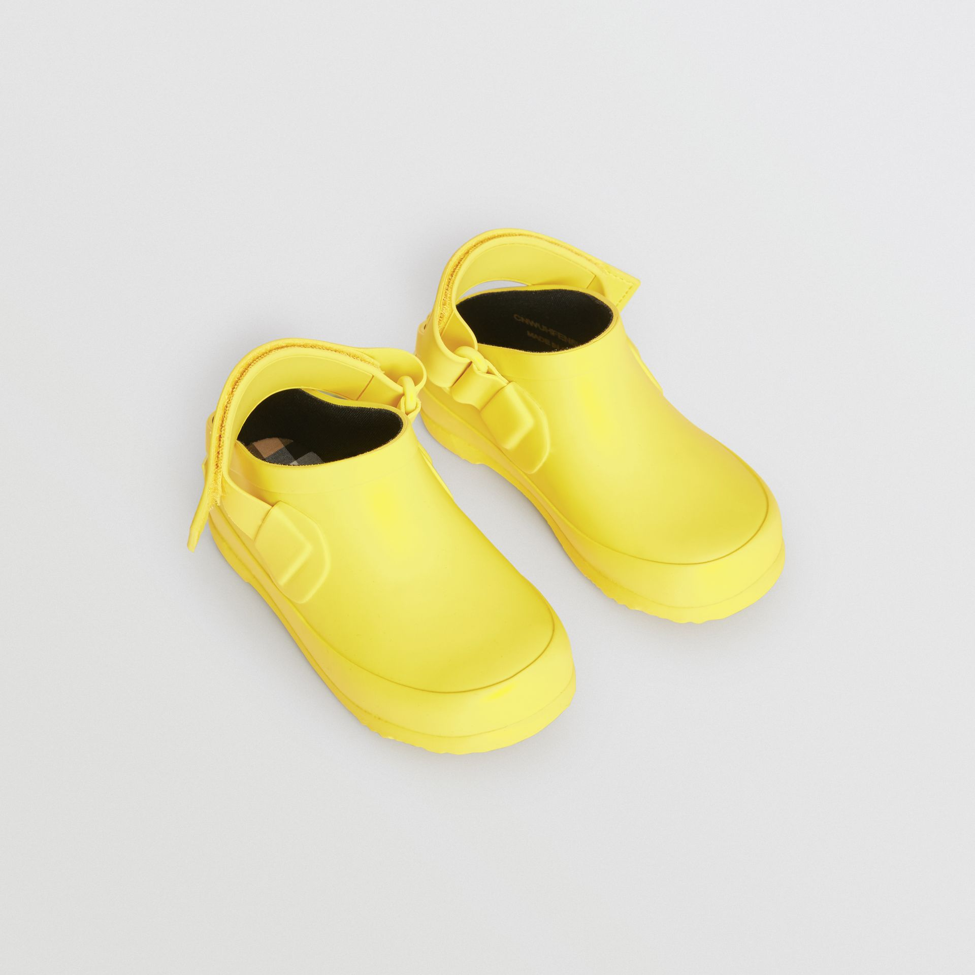 Check Detail Rubber Sandals in Citron - Children | Burberry United Kingdom - gallery image 0