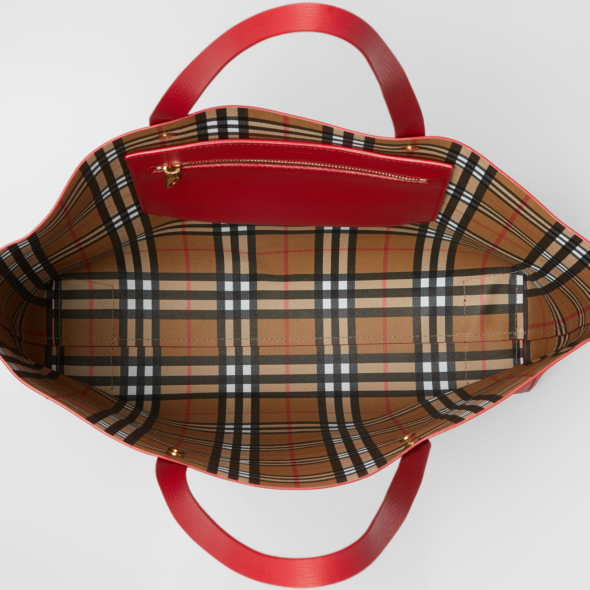 Grand sac cabas en cuir avec écusson (Rouge Rouille) - Femme | Burberry - photo de la galerie 4