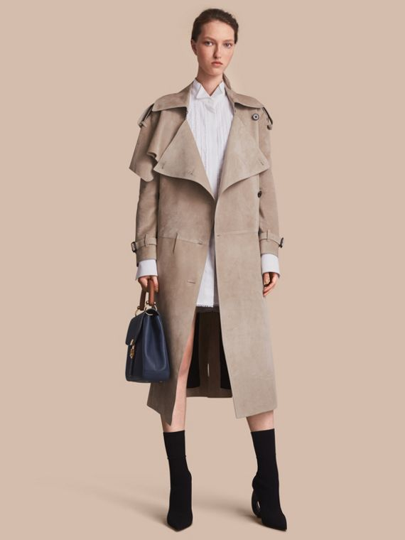 Trench-coat asymétrique en cuir velours