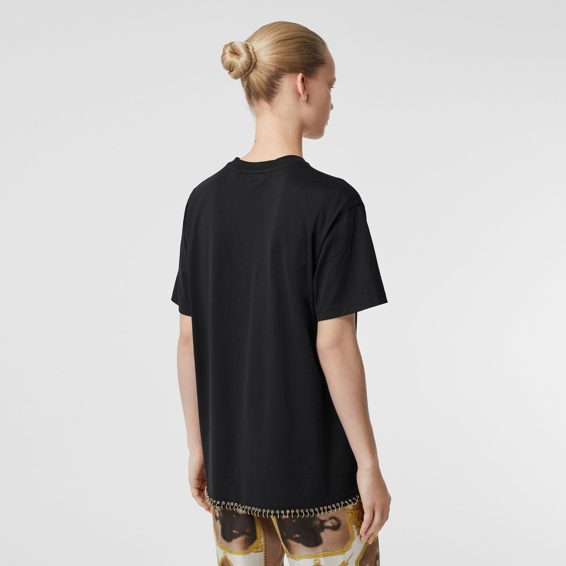 Ring-pierced Cotton Oversized T-shirt in Black - Women | Burberry Singapore - gallery image 2