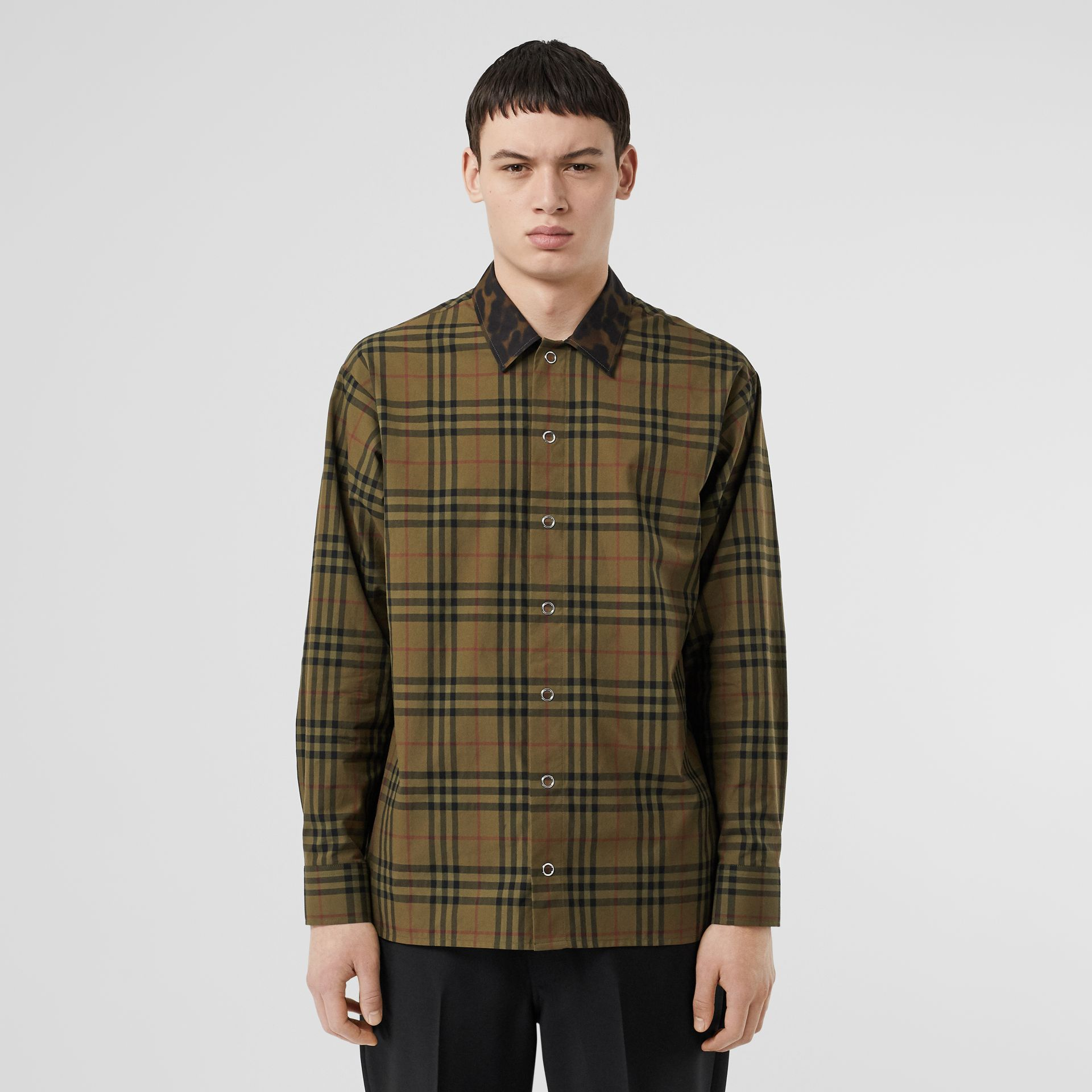 Contrast Collar Vintage Check Cotton Shirt in Army Green | Burberry - gallery image 0