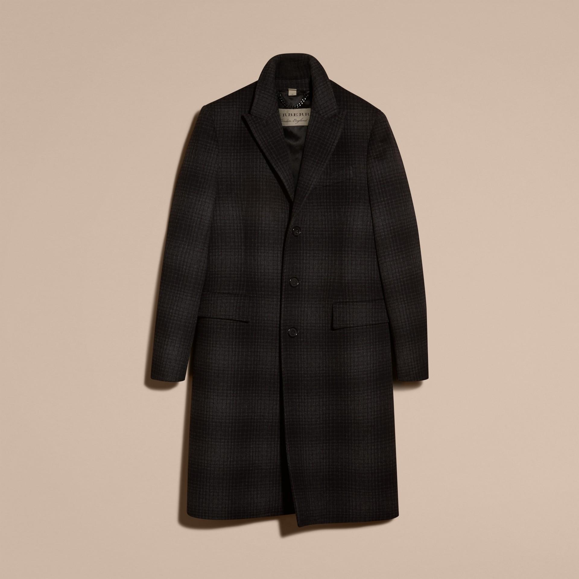 Camaïeu anthracite Manteau ajusté en laine et cachemire à motif check - photo de la galerie 4
