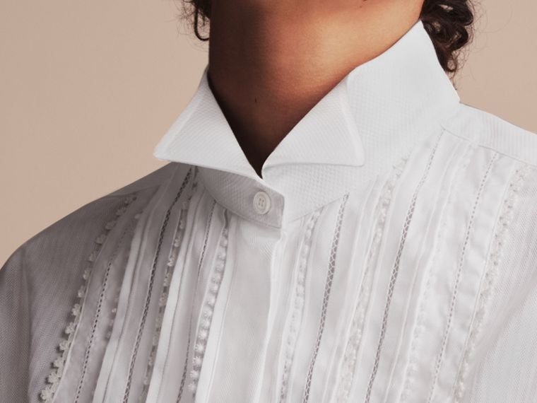 Pintuck and Macramé Trim Cotton Shirt Dress in White - Women | Burberry United Kingdom - cell image 4