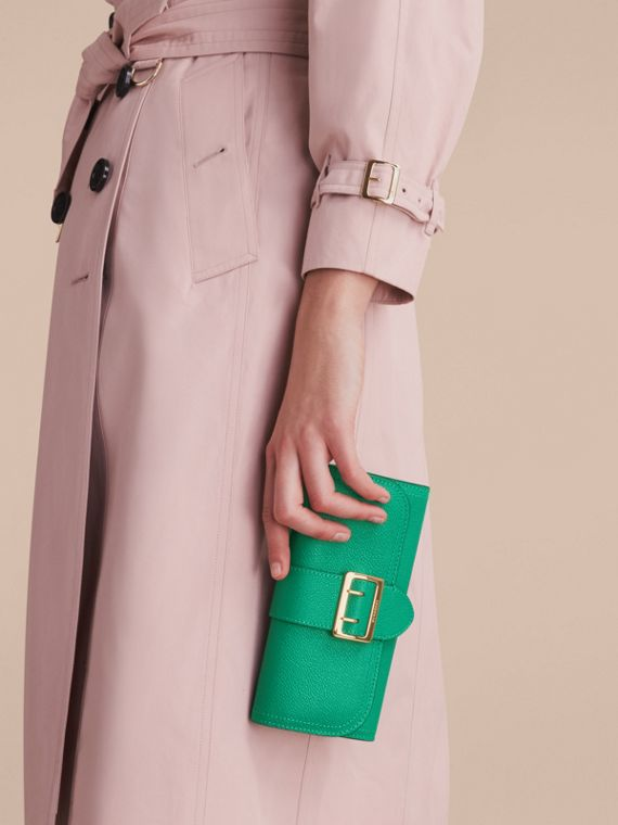 Textured Leather Continental Wallet in Bright Pigment Green - Women | Burberry - cell image 2