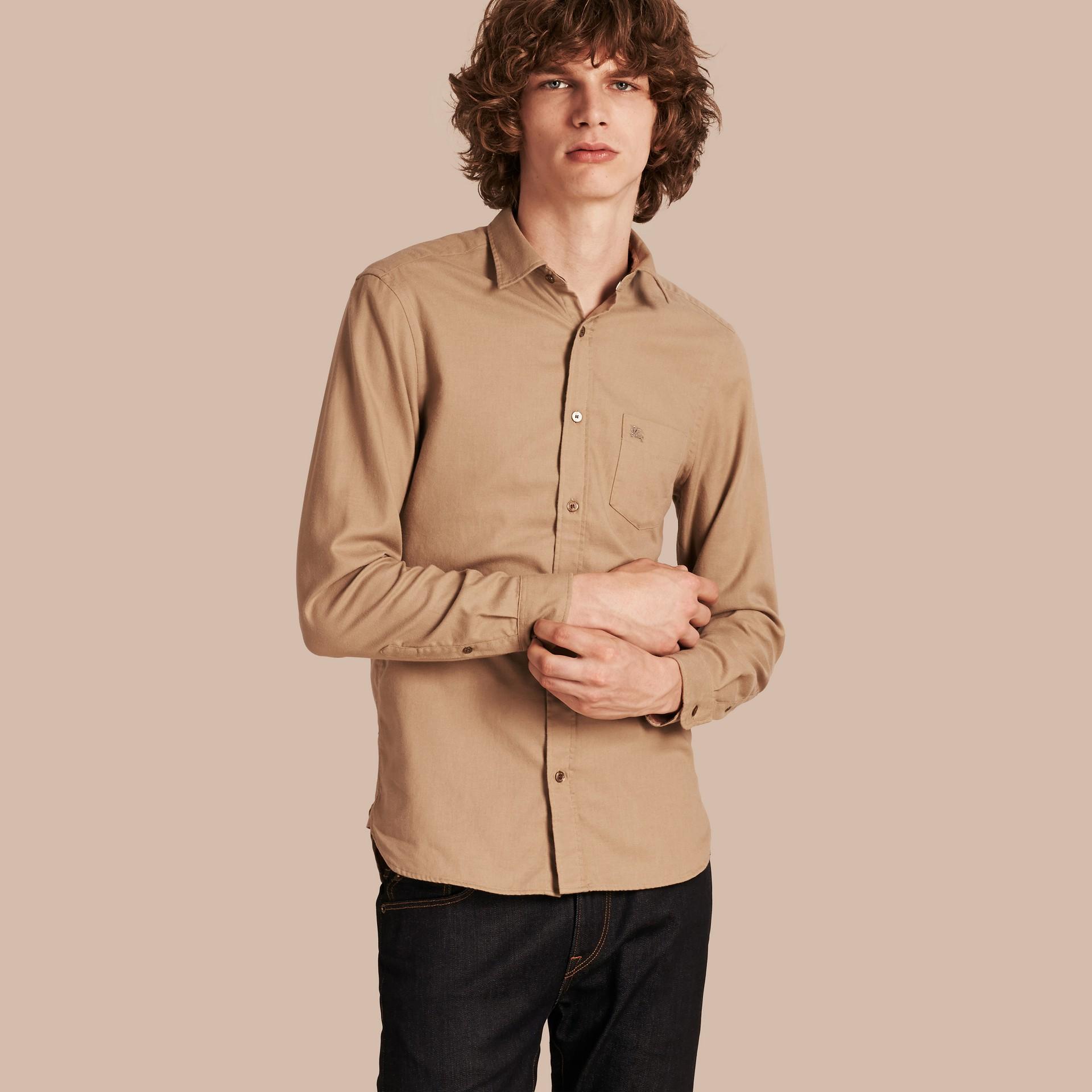 Miele scuro Camicia in flanella di cotone con dettagli tartan - immagine della galleria 5