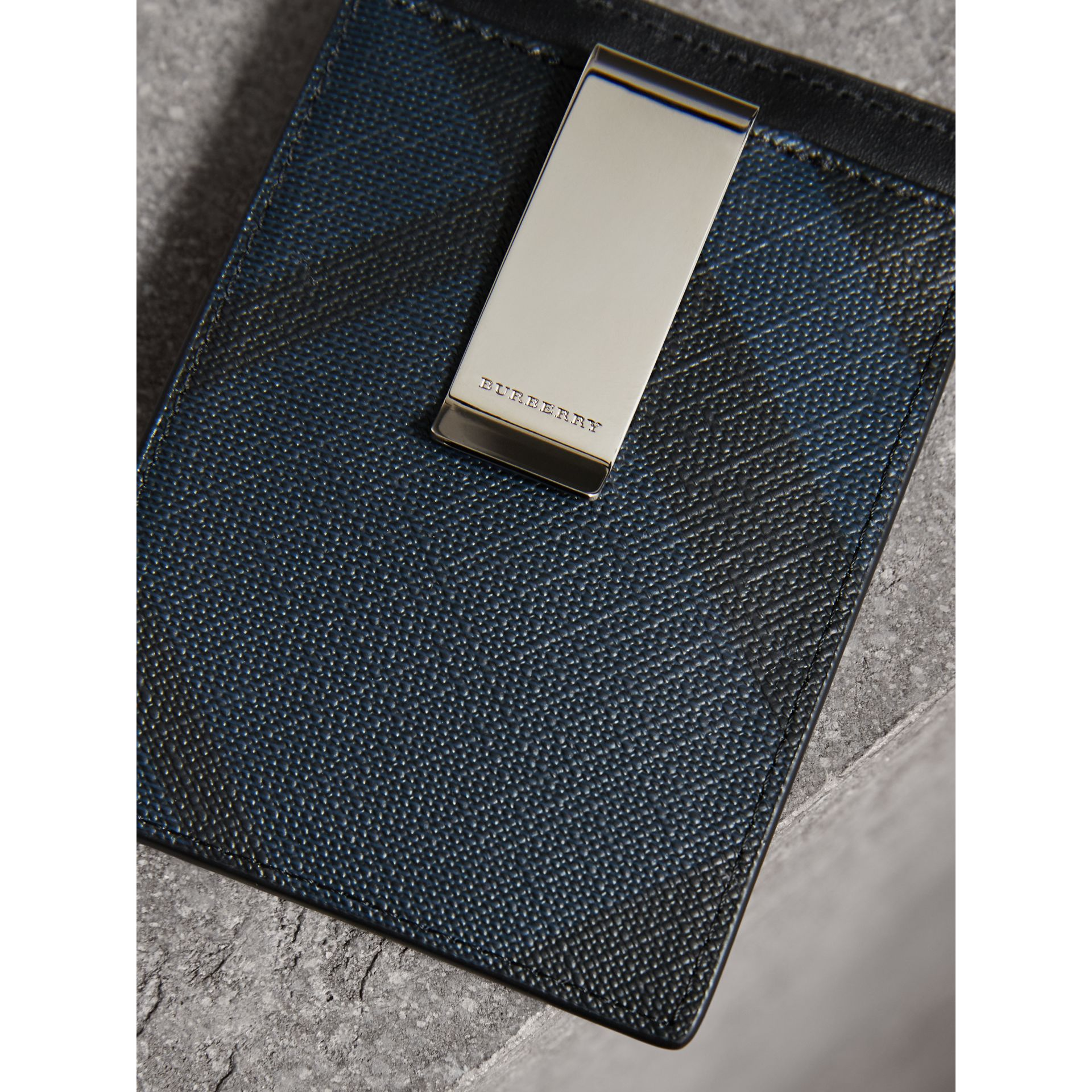 London Check Money Clip Card Case in Navy/black - Men | Burberry - gallery image 2
