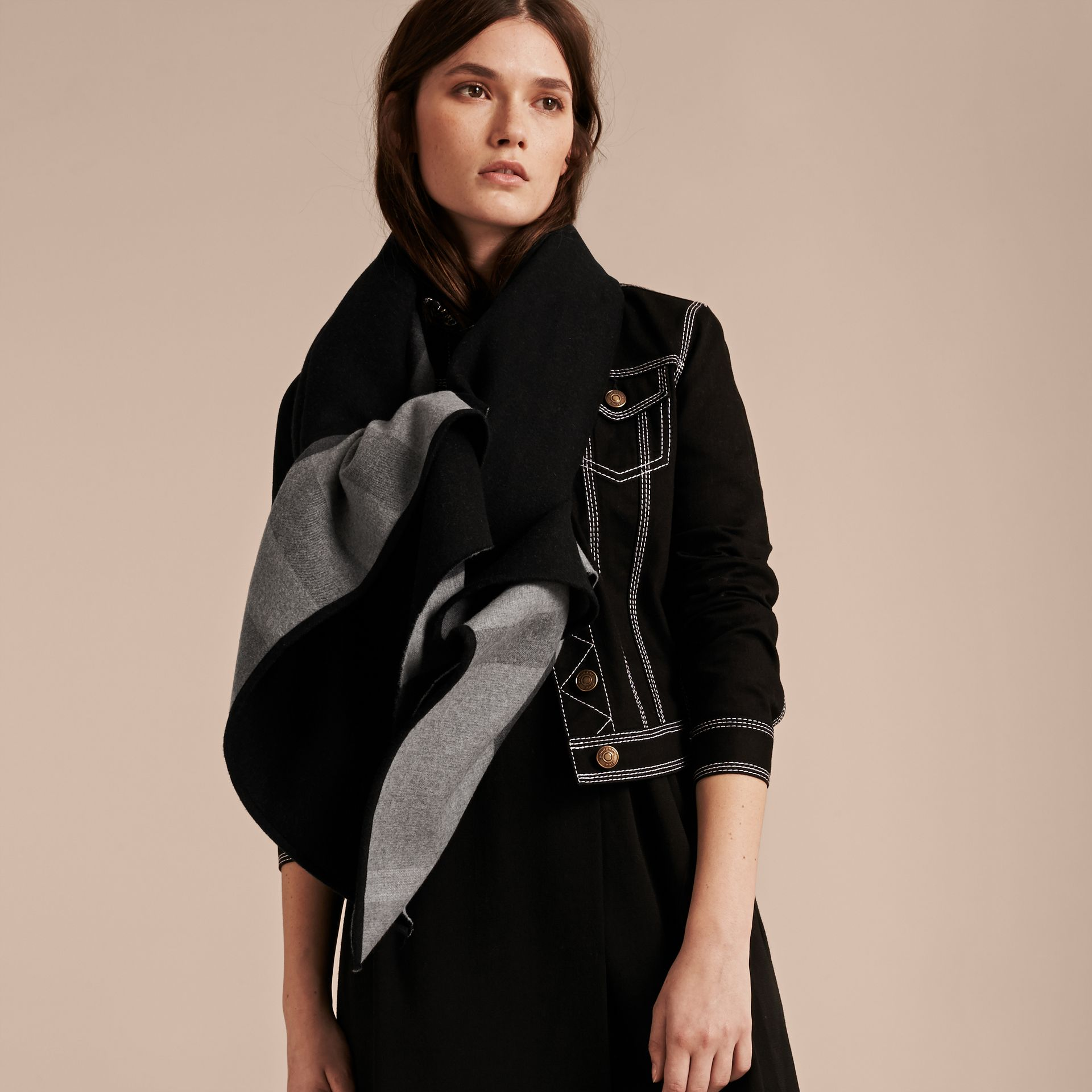 Check-Lined Wool Poncho in Charcoal - Women | Burberry - gallery image 2