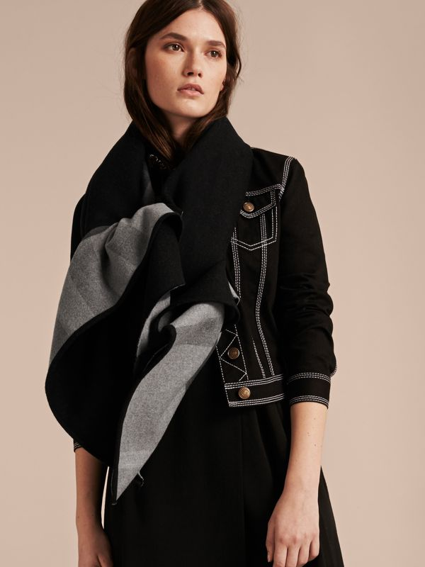Check-Lined Wool Poncho in Charcoal - Women | Burberry - cell image 2