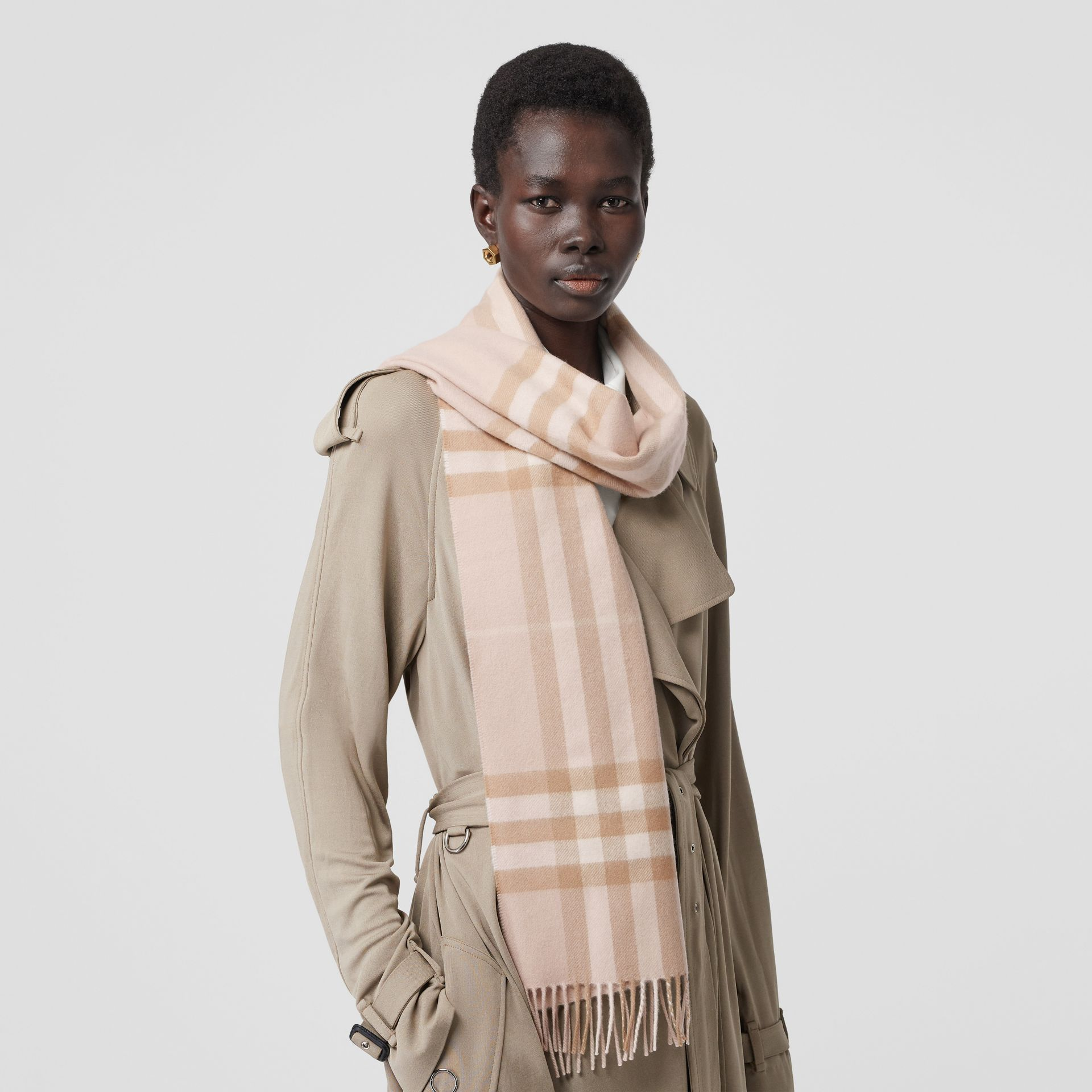 The Classic Check Cashmere Scarf in Blush | Burberry - gallery image 2