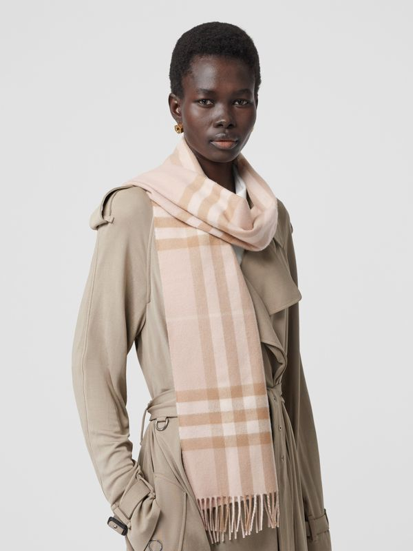 The Classic Check Cashmere Scarf in Blush | Burberry - cell image 2