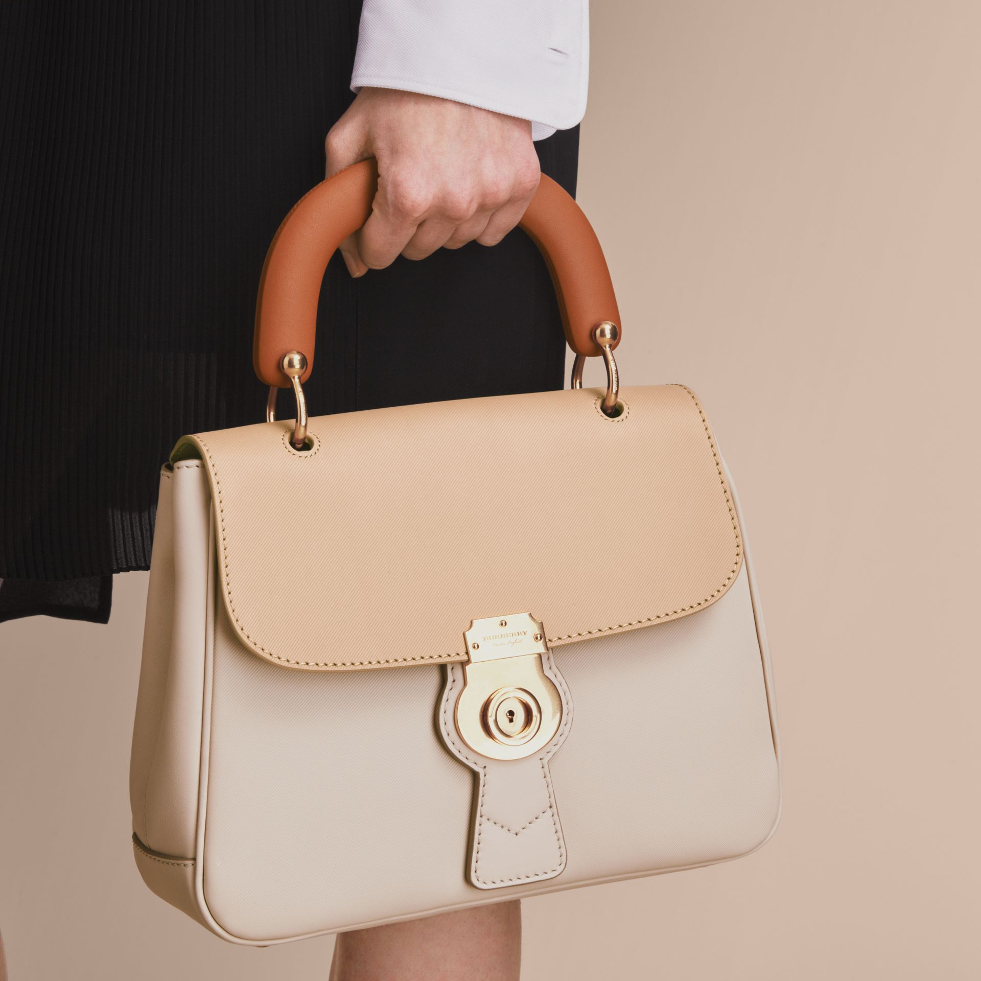 The Medium DK88 Top Handle Bag Limestone/honey - gallery image 3