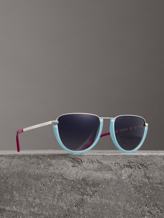 Half Moon Pilot Round Frame Sunglasses in Pale Blue