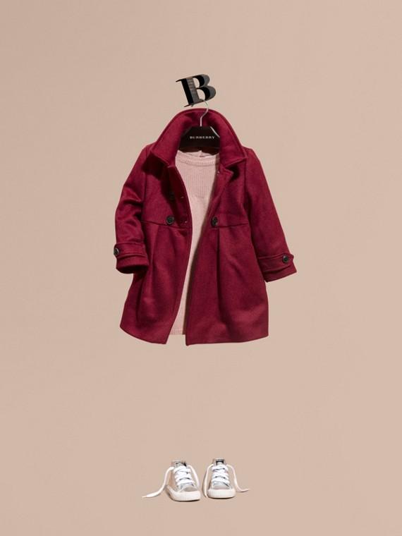 Элегантное пальто из кашемира Розовая Вишня