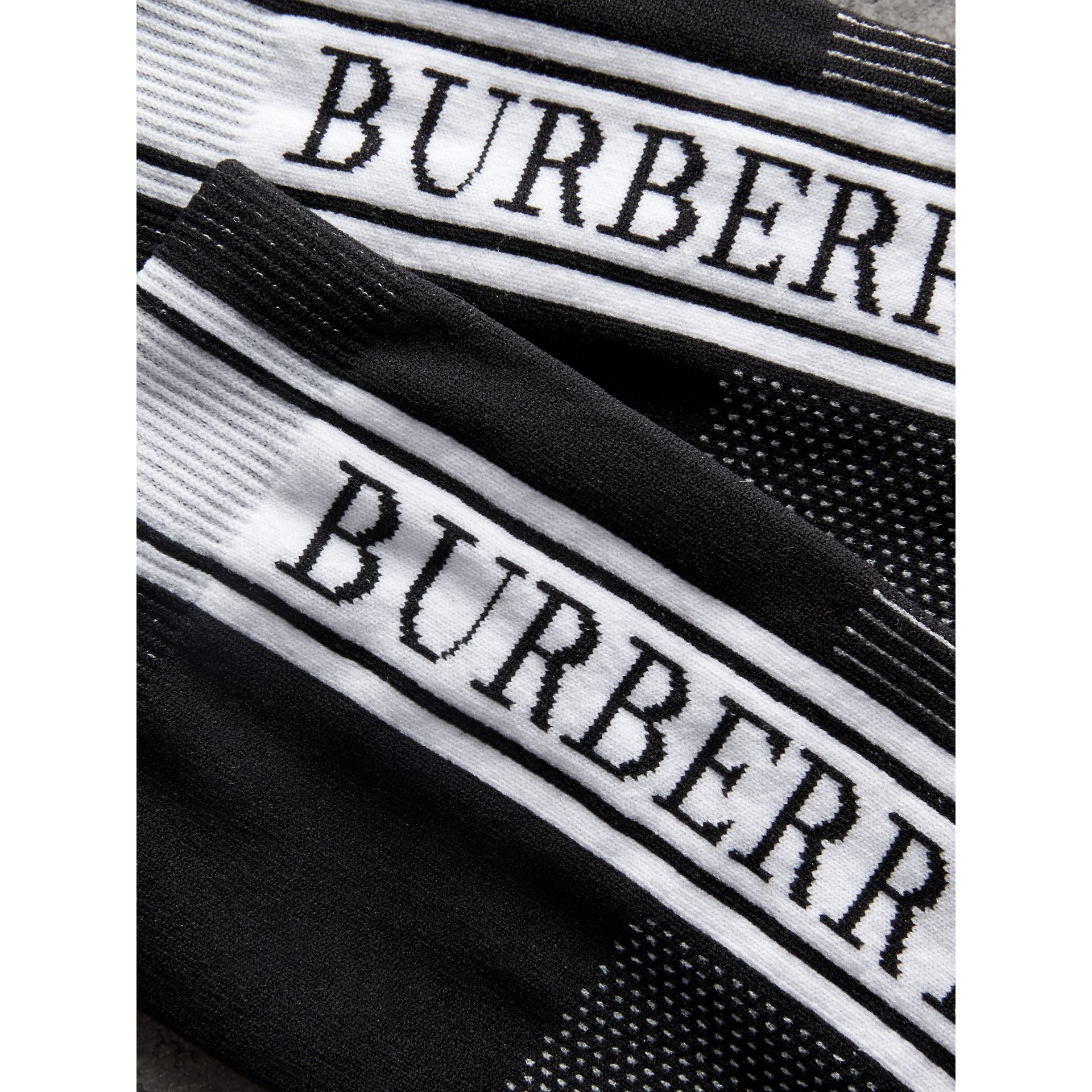 Socquettes en maille technique avec logo (Noir) | Burberry - photo de la galerie 1