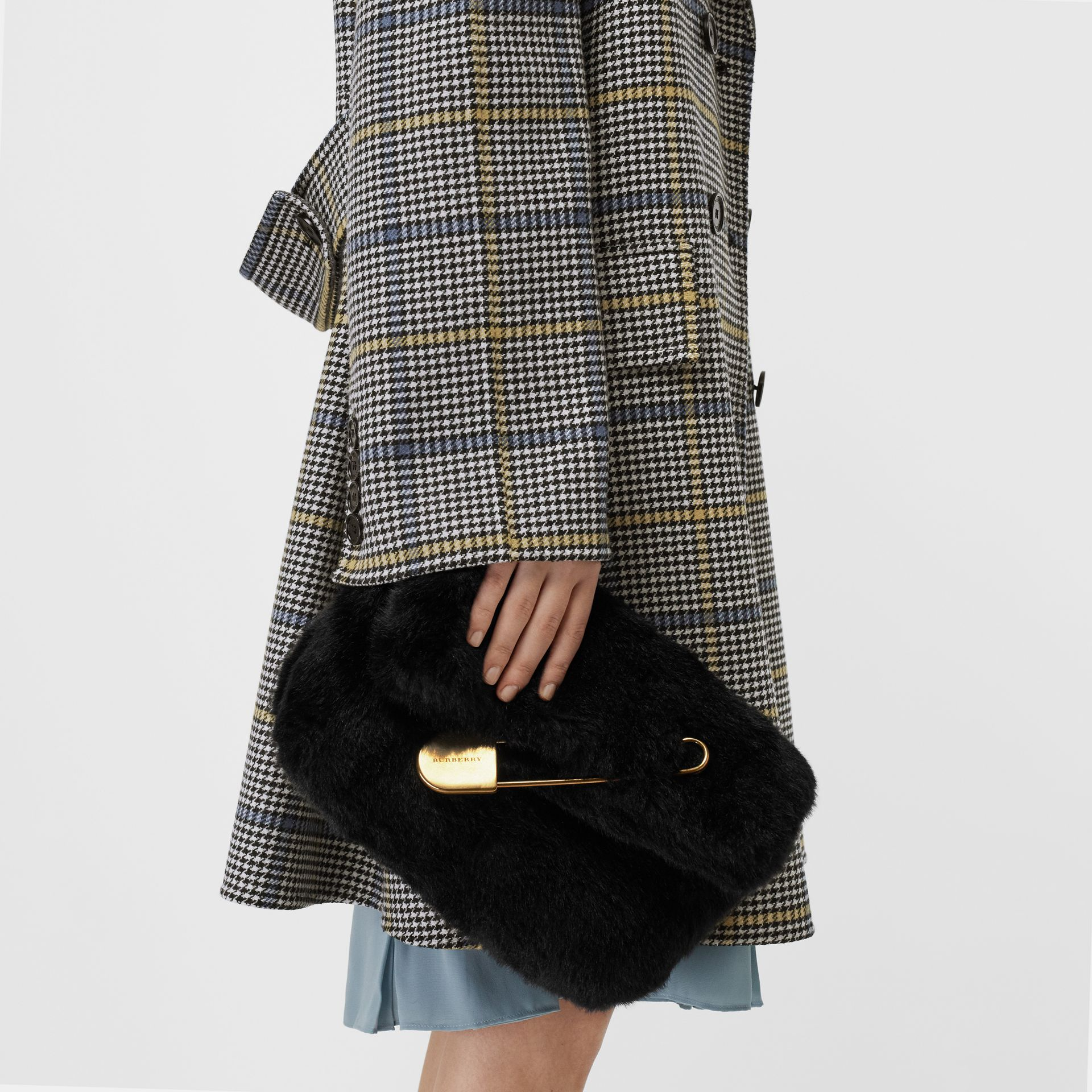 The Medium Pin Clutch in Faux Fur in Black - Women | Burberry - gallery image 2
