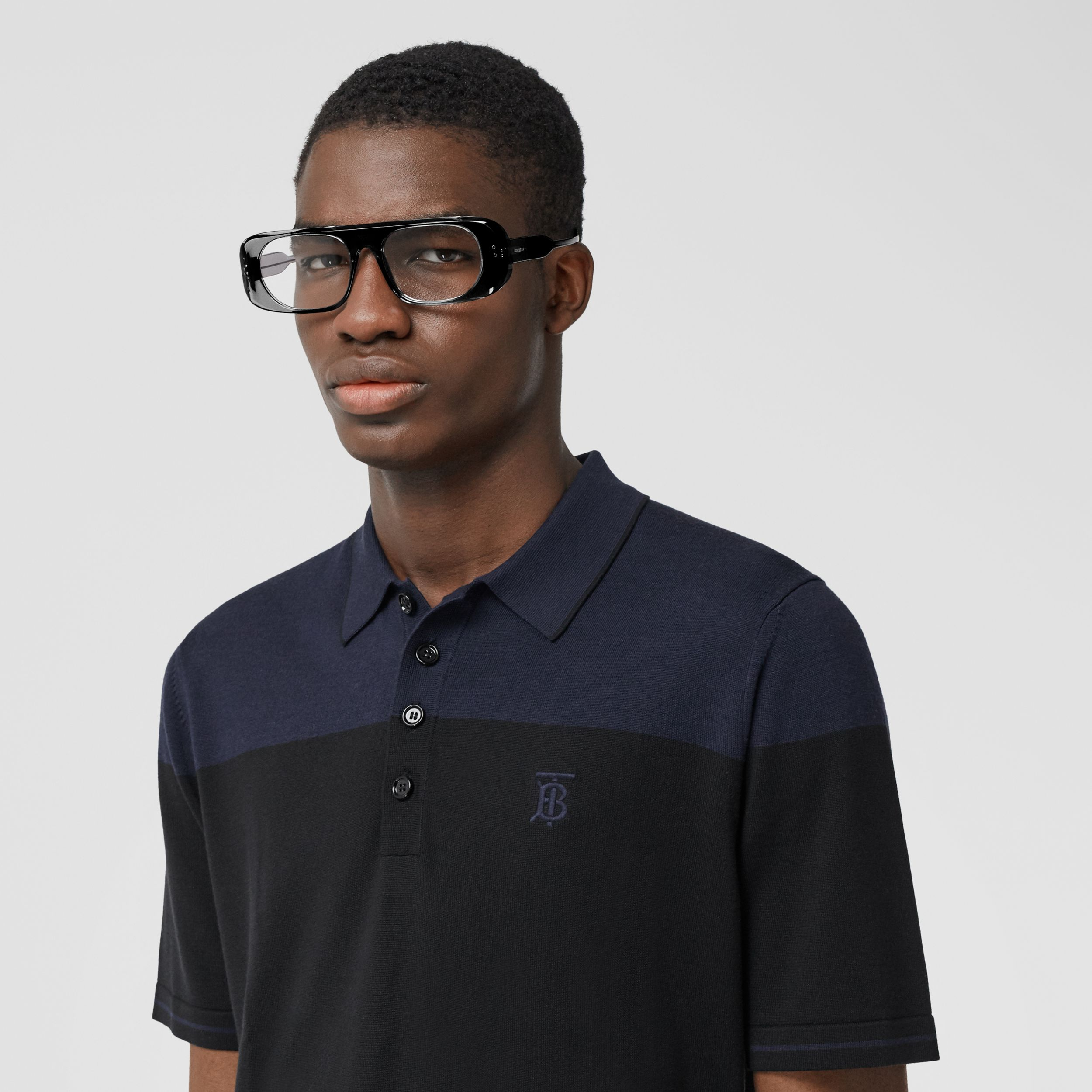Monogram Motif Two-tone Silk Cashmere Polo Shirt in Black/navy - Men | Burberry - 2