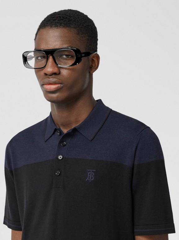 モノグラムモチーフ ツートン シルクカシミア ポロシャツ (ブラック/ネイビー) - メンズ | バーバリー - cell image 1