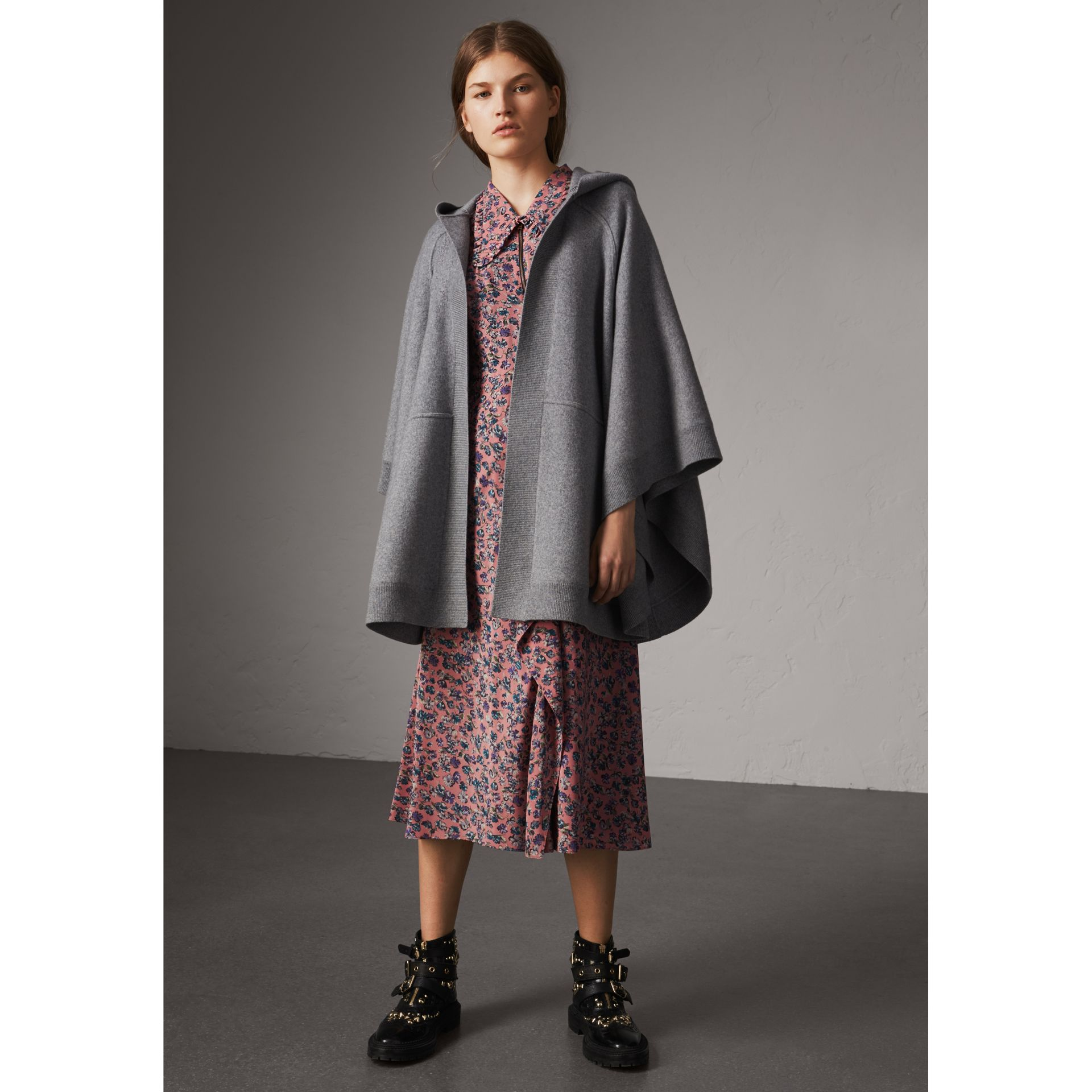Wool Cashmere Blend Hooded Poncho in Mid Grey Melange - Women | Burberry - gallery image 5