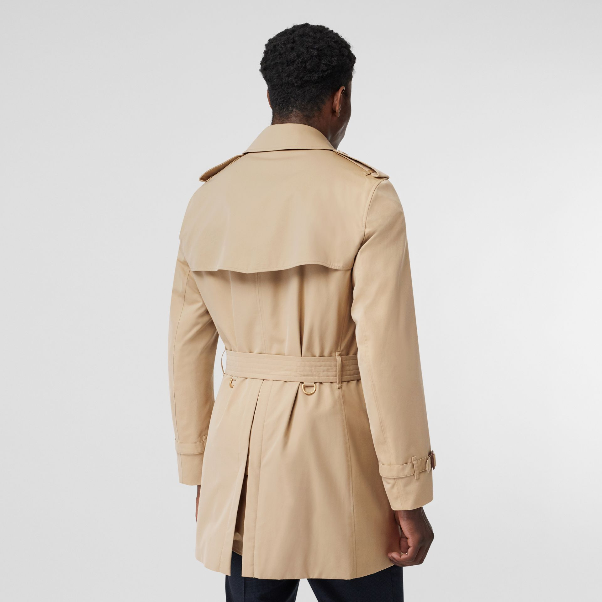 Short Chelsea Fit Trench Coat in Honey - Men | Burberry - gallery image 2