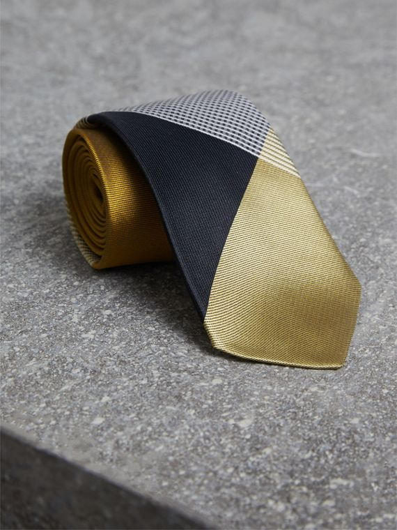Modern Cut Check Silk Twill Jacquard Tie in Cornflower Yellow