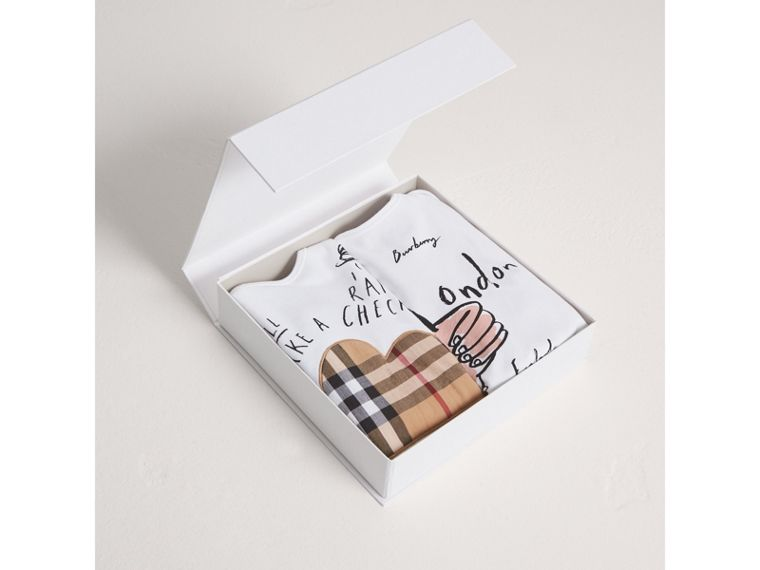 London Icons and Weather Motif Cotton Two-piece Baby Gift Set in White | Burberry - cell image 2