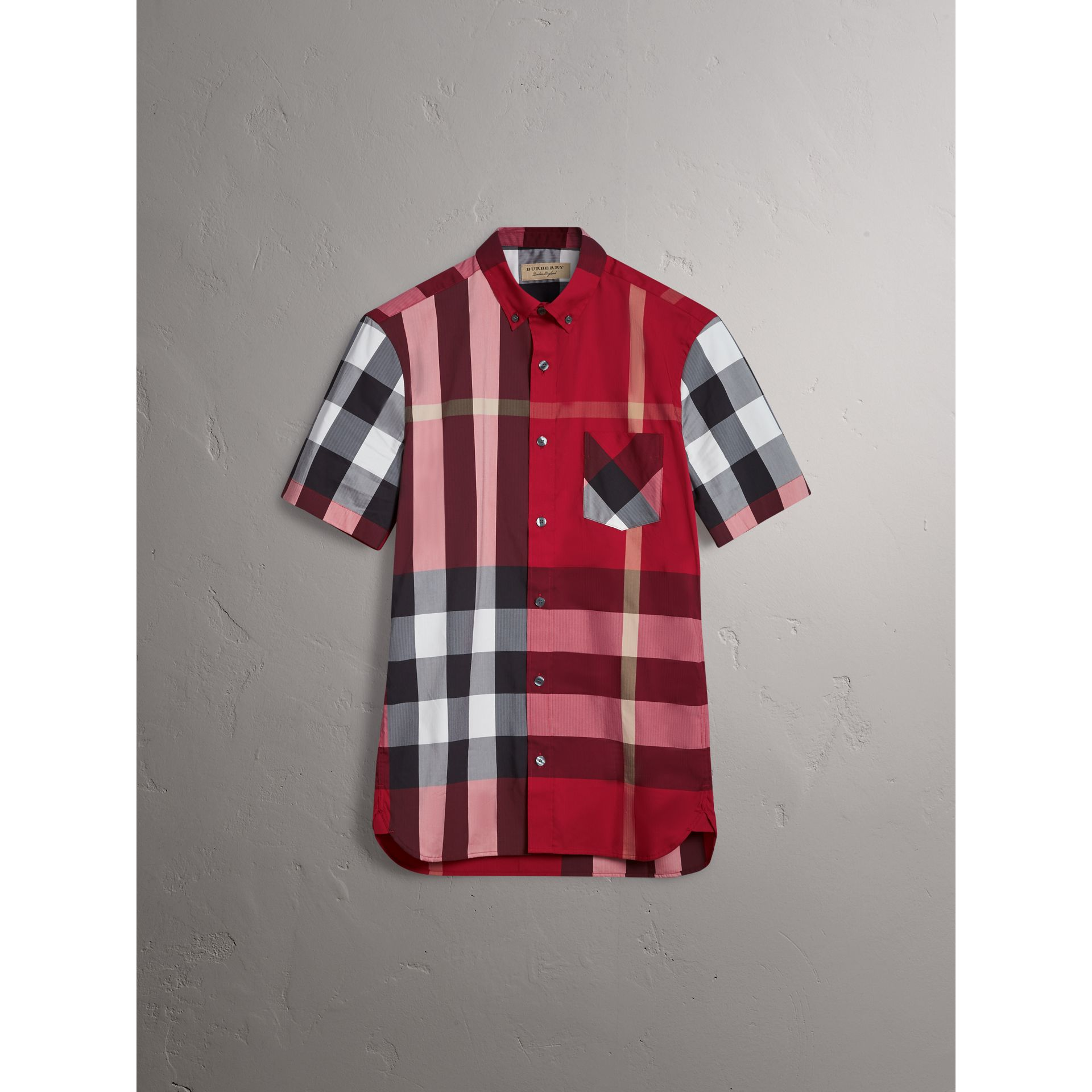 Short-sleeve Check Stretch Cotton Blend Shirt in Parade Red - Men | Burberry Canada - gallery image 3