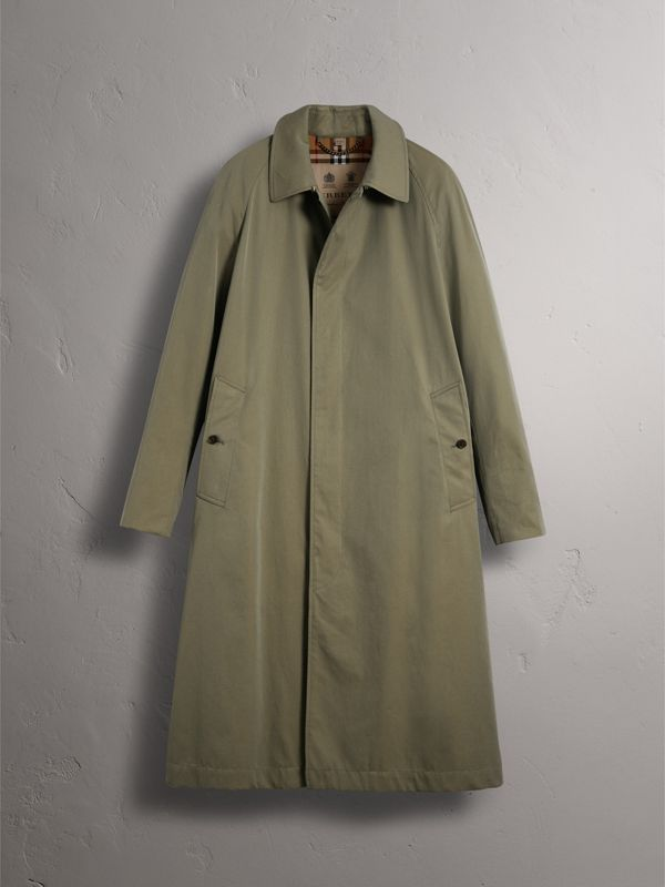 The Brighton Car Coat in Chalk Green - Men | Burberry United Kingdom - cell image 3