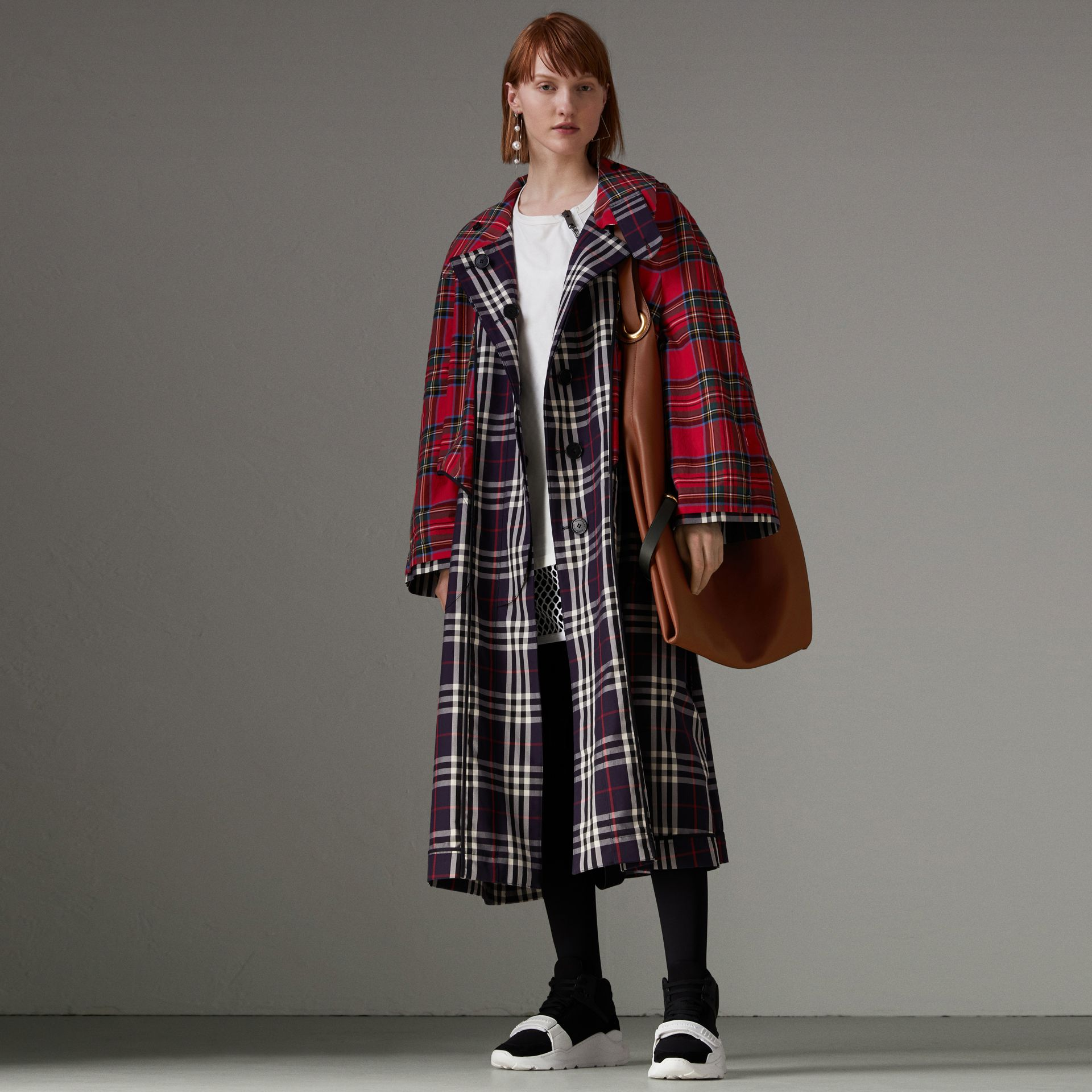 Check and Tartan Cotton Trench Coat in Navy - Women | Burberry United States - gallery image 0