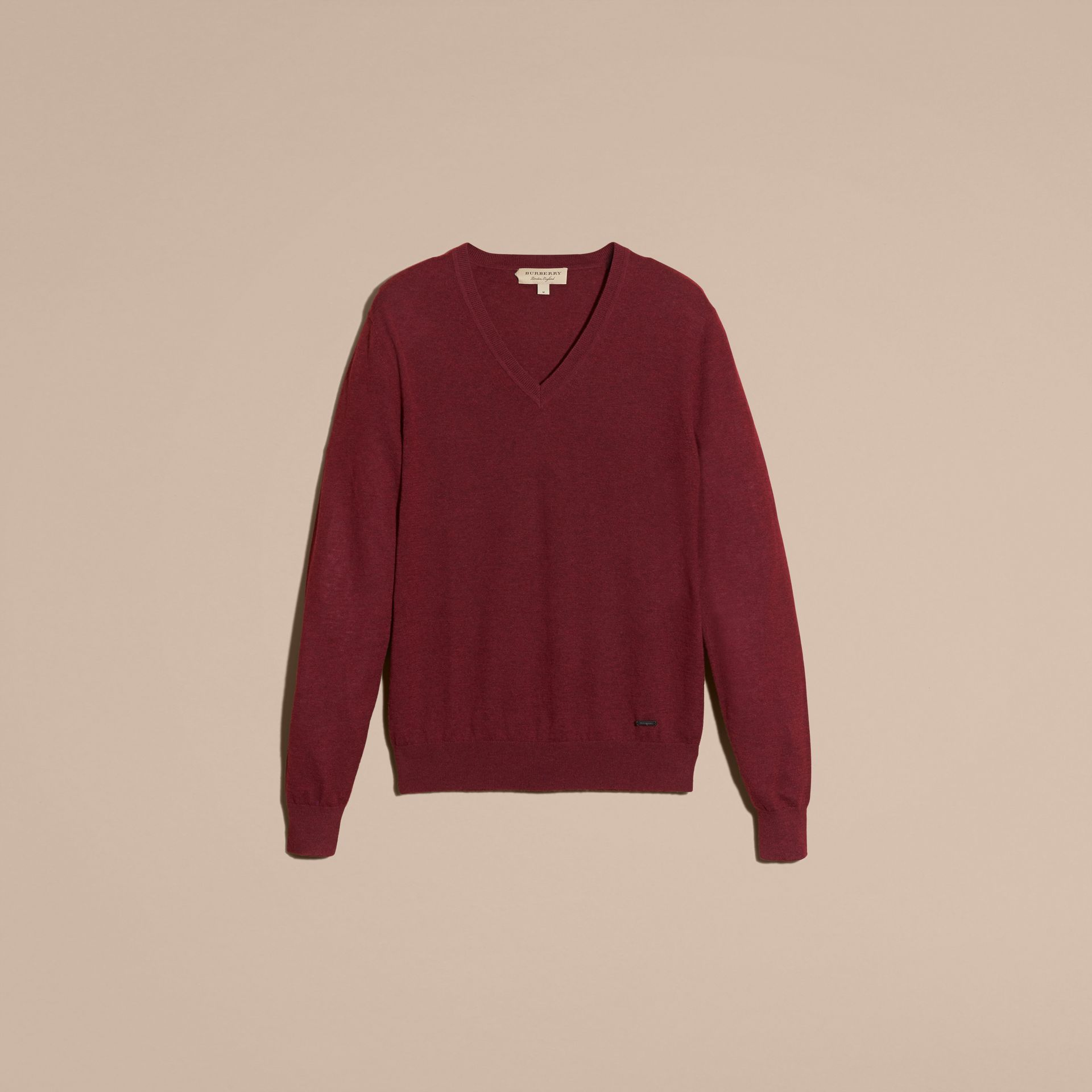 Dark elderberry Cashmere V-neck Sweater Dark Elderberry - gallery image 4