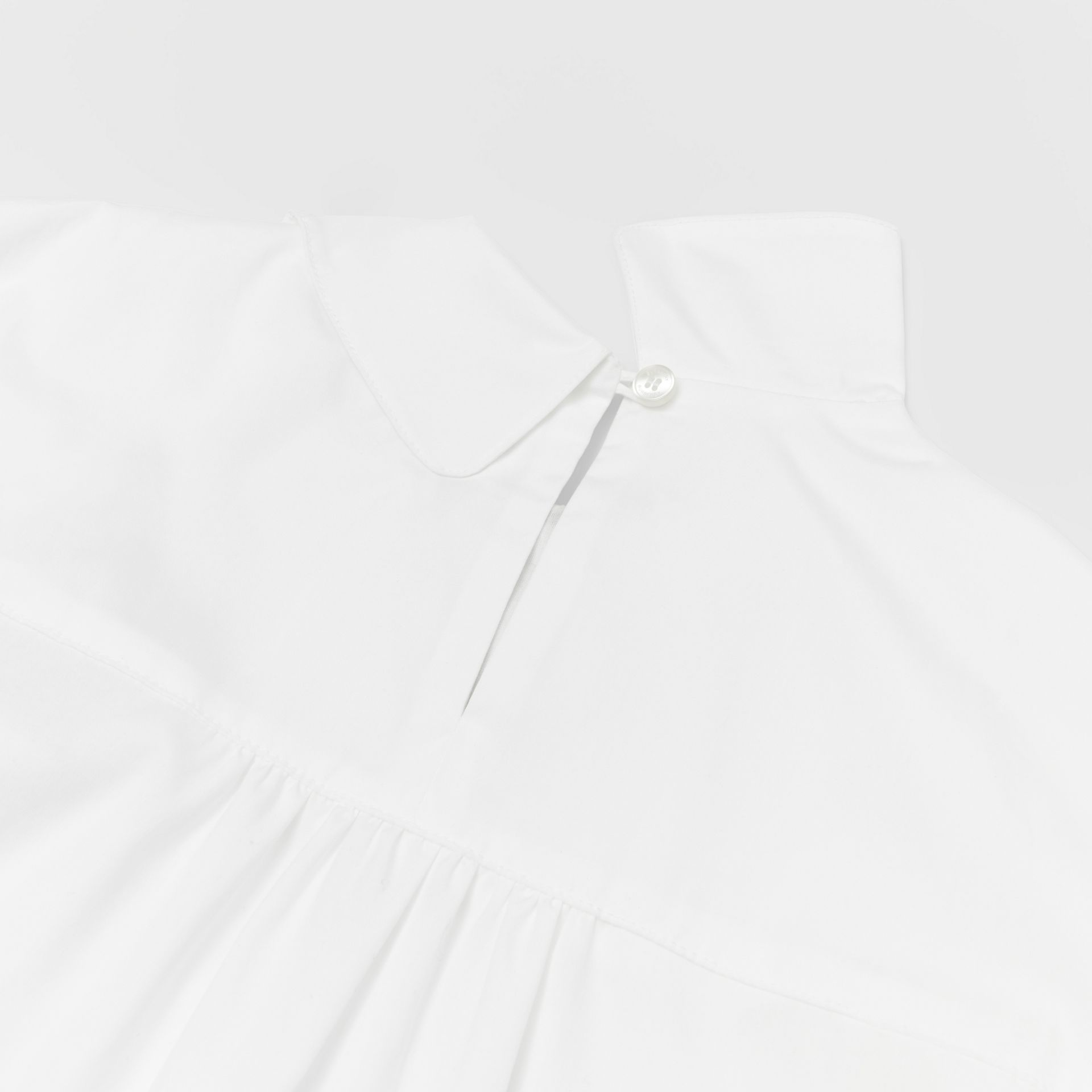 Icon Stripe Trim Stretch Cotton Poplin Dress in White - Children | Burberry United Kingdom - gallery image 1
