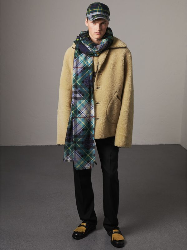 Tartan and Check Wool-silk Scarf in Ink Blue | Burberry - cell image 3
