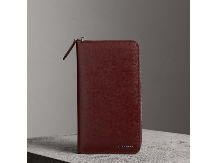 London Leather Ziparound Wallet in Burgundy Red | Burberry Australia - cell image 4